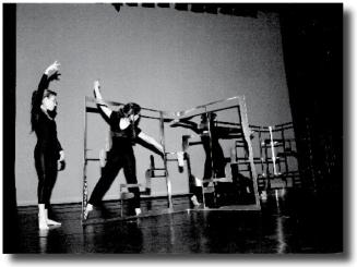 2000 cyber danse connexion le carr d 39 art cole de danse. Black Bedroom Furniture Sets. Home Design Ideas